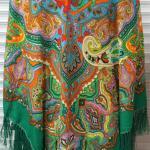большой платок с кистями