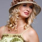 Летняя шляпка из натуральной соломки
