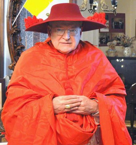 Галеро кардинальская шляпа